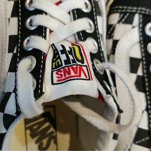 Vans! Urban outfitters exclusive checkered sneaker